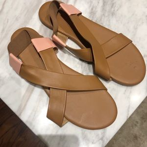 Tkees blush/ nude leather sandals never worn